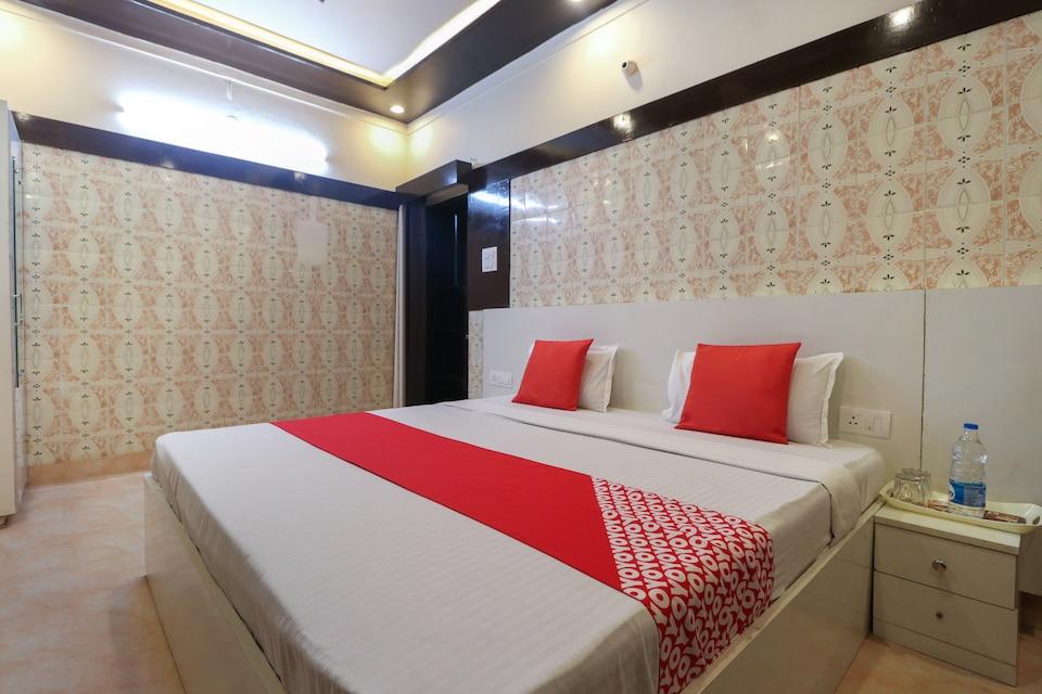 OYO 48337 Haryana Hotel