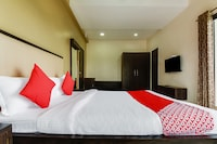 OYO 48352 Hotel Bhagyalaxmi