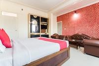 OYO 48366 Hotel Laxmi Deluxe