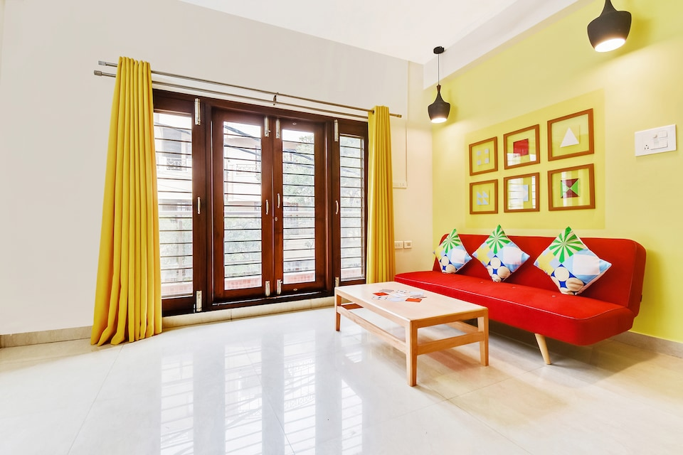 OYO 48368 Enticing Stay Kalyan Nagar