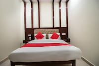 OYO 48380 Hotel Satkar
