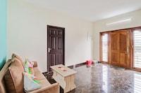 OYO Home 48383 Elegant Studios Theetukal