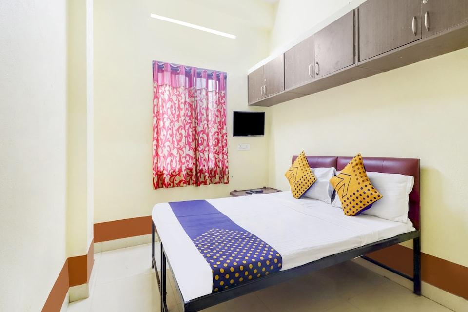 SPOT ON 48422 Srinidhi Inn, Kukatpally, Hyderabad