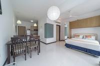 OYO Home 89317 Amazing Studio Ritze Perdana