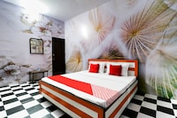 OYO 48429 Hotel Saffron Deluxe