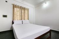 SPOT ON 48430 Hotel Lavish