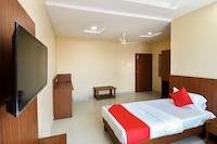 OYO 48441 Randhoni Residency