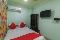 OYO 48451 Hotel Shakti Saver