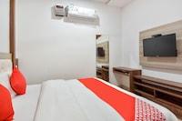 OYO 48476 Hotel Govindham