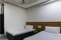 SPOT ON 48483 Hotel Suryavilas