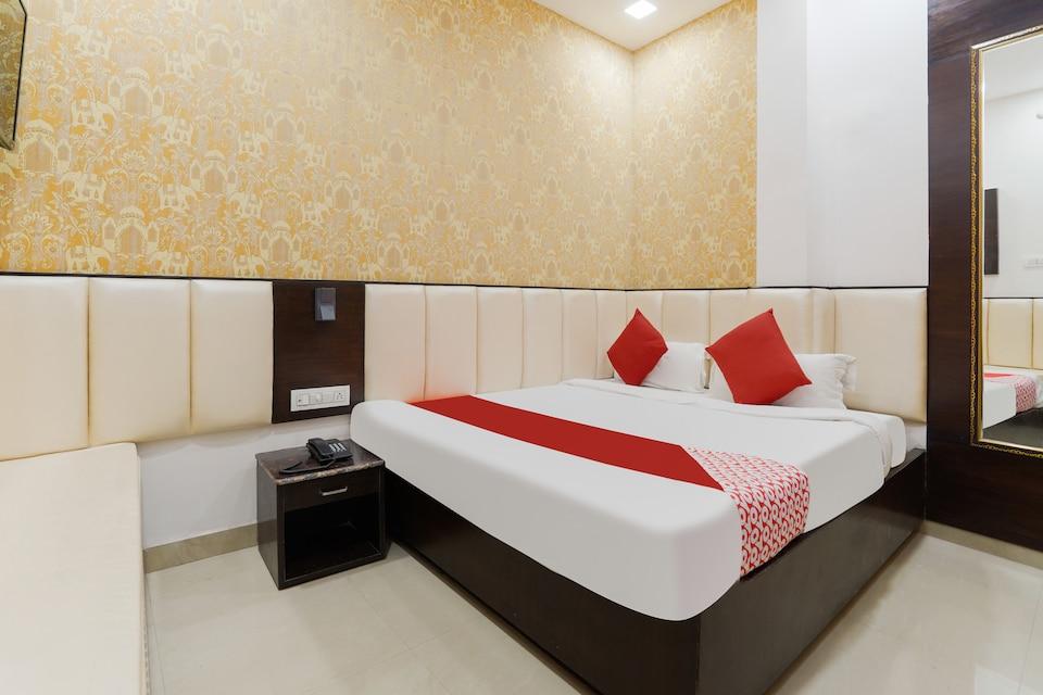 OYO 48489 Adarsh Plaza, Saharanpur, Saharanpur