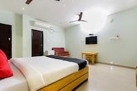 Capital O 48495 Hotel & Club Melaange Deluxe
