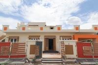 OYO 48496 Sri Sai Sarovar Deluxe