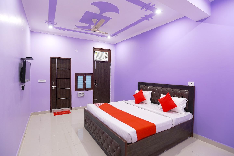 OYO 48522 Gupta Residency -1