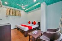 Capital O 48530 Hotel Ganpati Deluxe