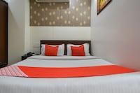 OYO 48542 Hotel Capital