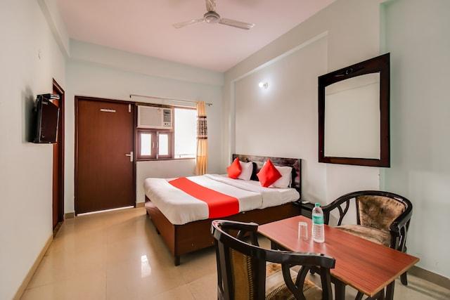 OYO 48551 Hotel Him Jyoti Gurgaon