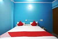 OYO 48560 Golden Villa  Saver