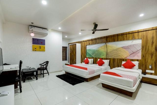 OYO 48573 Hotel Jay Bhavani Suite
