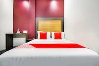 OYO 48583 Hotel Padam