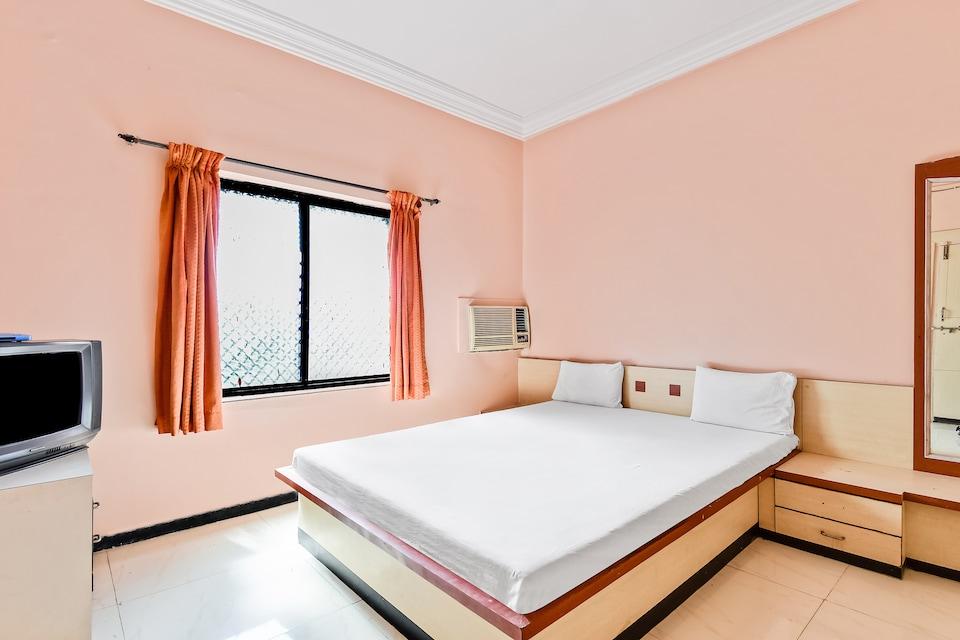 SPOT ON 48601 Shivneri Lodge