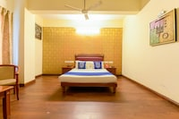 OYO 4802 Cochin City residency