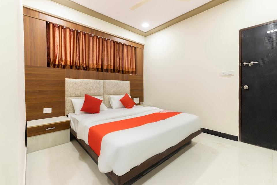 OYO 48619 Hotel Anushri Villa