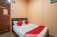 OYO 89328 Sz Hotel