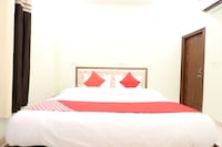 OYO 48657 Hotel Pearl 42