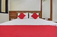 OYO 48676 Hotel Sharda Complex