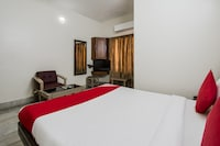 OYO 48707 Hotel Bhavani Residency