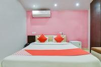 OYO 48709 Hotel Bhagwani Palace Deluxe