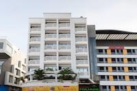 Capital O 48712 Hotel Foliage Deluxe