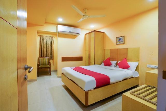 OYO 48723 Shanthaa Residency Lodge