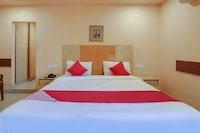 OYO 48723 Shanthaa Residency Lodge Deluxe