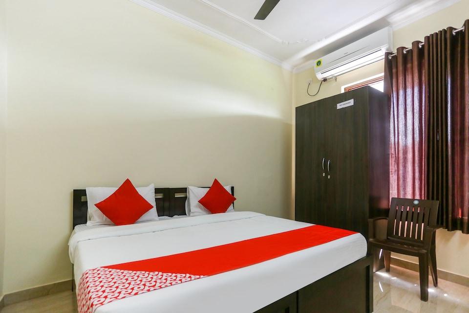 OYO 48731 Pradeep Hostel, Tikonia Haldwani, Haldwani