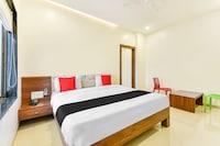 Capital O 48743 Hotel Galaxy