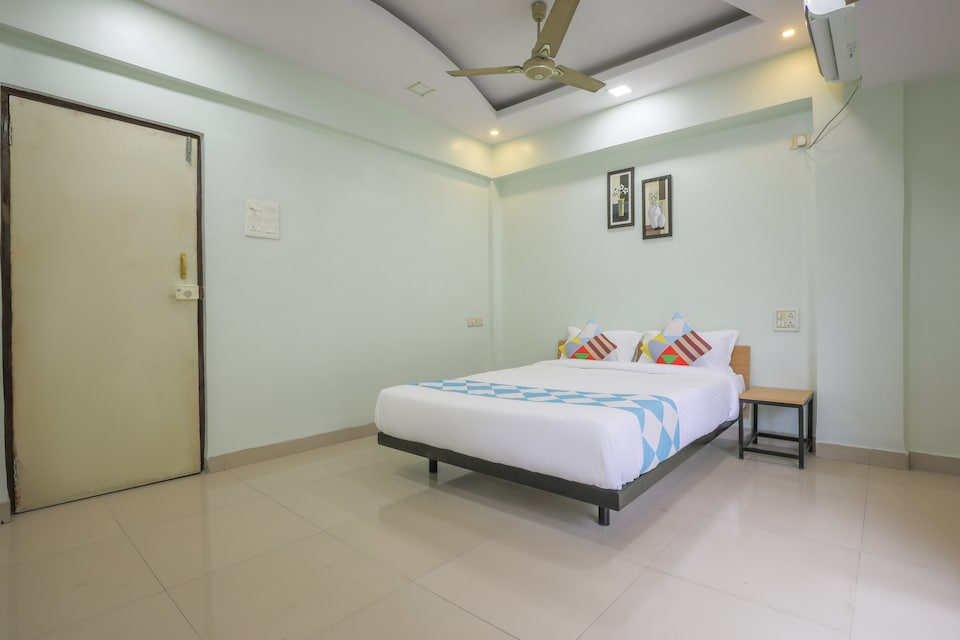 OYO Home 48795 Peaceful Stay Chaitanya Kharghar