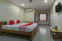OYO 48820 Pandurangan Residency  Deluxe
