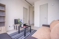OYO Home 89338 Urbane  1br Tamarind Suites
