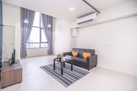 OYO Home 89340 Fancy 1br Tamarind Suites