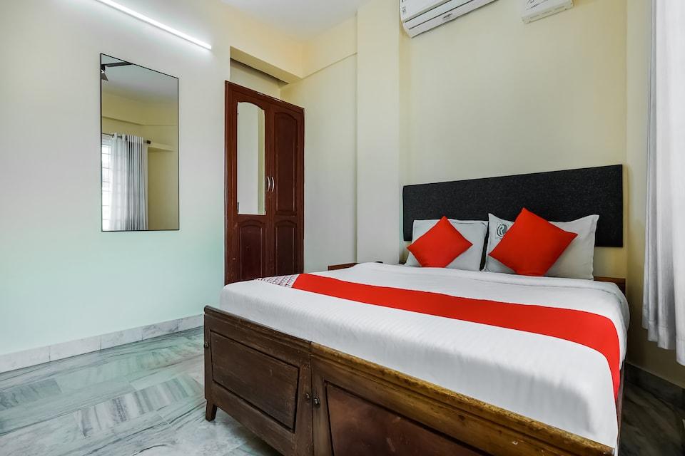 OYO Flagship 48912 Chandrika Residency MG Road