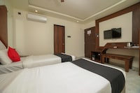 Capital O 48942 Hotel Ashoka Imperial Deluxe
