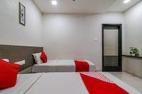 OYO 48997 Hotel K.H. Plaza