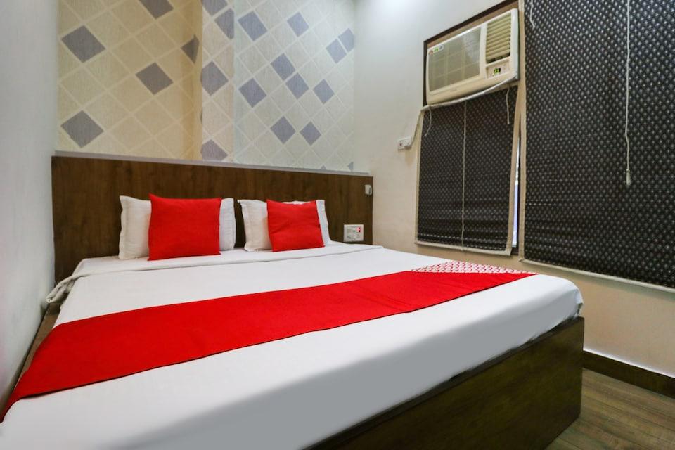OYO 49021 Hotel R. S. Residency