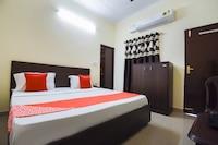 OYO 49051 Hotel Crown Plaza