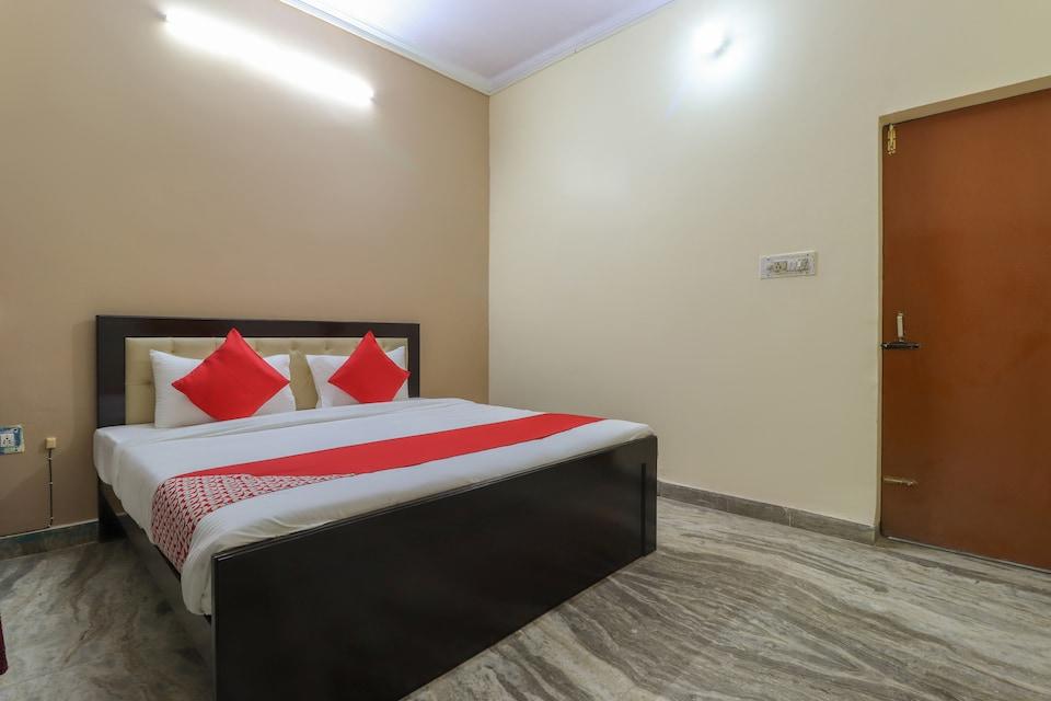 OYO 49061 Hotel Green Retreat