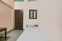 SPOT ON 49066 Hotel Amol Nac Road Khagaria Near Hdfc Bank SPOT