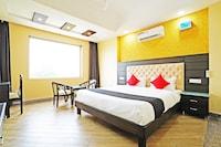 Capital O 49078 Hotel Chinar