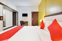 OYO 49087 SG Comforts
